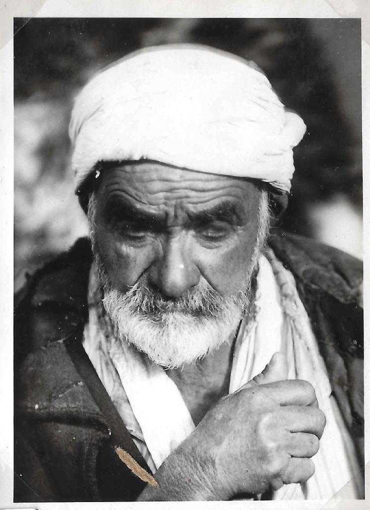 فلسطيني عام 1898.jpg