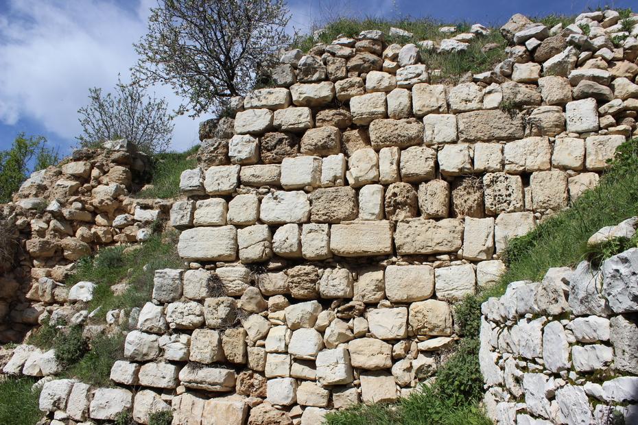 لبيوت بلدة الرام القديمة من عام 1341 هجري (8).JPG