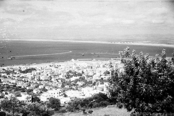 تاريخية لميناء حيفا checked.jpg